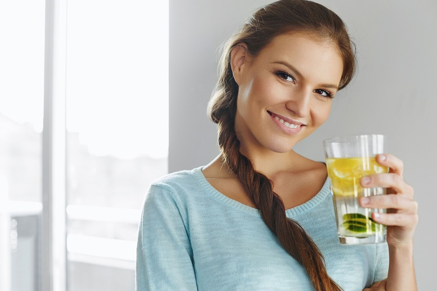 Why drink water and lemon? The benefits of a classic home treatment
