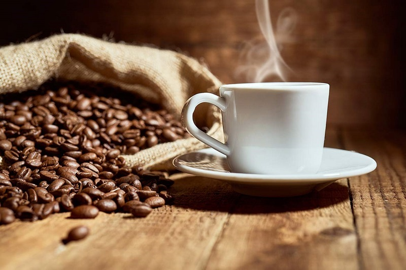 Tired eyes? The Benefits of Coffee are a surprising aid