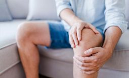 Overcoming joint stiffness: the advice not to remain still